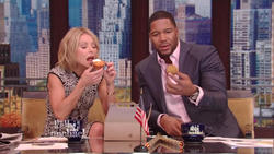Kelly Ripa - Live with Kelly & Michael - November 8, 2013 (720p clip, 12 caps & 1 GIF)