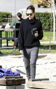 Nov 21, 2010 - Jessica Alba - Out N About - Coldwater Park In Los Angeles Th_58866_tduid1721_Forum.anhmjn.com_20101124073018008_122_433lo